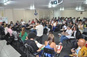 Suicídios em Volta Redonda tomam o tema da discussão entre representantes da sociedade (Foto: Paulo Dimas)