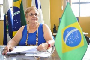 Demanda: Luiza afirma que iriam faltar professores ano que vem caso não houvesse o concurso