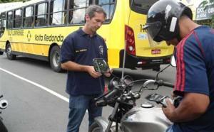Major Henrique acompanha fiscalização da GM em Volta Redonda. Foto ( Divulgação)