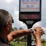Relógios devem ser atrasados em uma hora nos 11 estados que adotaram a medida    Foto: Arquivo/Agência Brasil