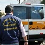 Com cuidado: Fiscalização confere itens necessários á segurança dos estudantes transportados