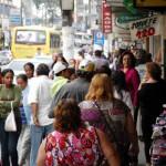 Comércio de Volta Redonda funcionará das 8h30 às 20h30 neste sábado (Foto: Arquivo/Gabriel Borges)