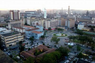 Dimensões: Volta Redonda, município mais populoso da região, Volta Redonda perdeu 1.214 empregos em dois meses (Foto: Arquivo)