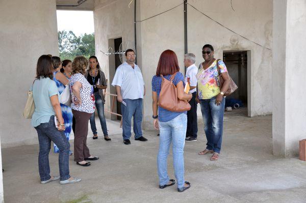 De perto: Representantes de várias secretarias visitaram nesta quarta obra de complexo construído em parceria com o Governo Federal (Foto: Divulgação)