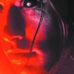 'Renascida do Inferno': Filme voltado para o público adolescente, que adora histórias de terror com um elenco de gente jovem e sarada