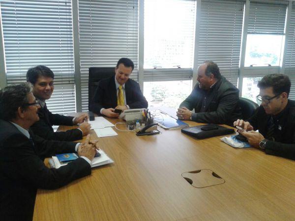 Reunião: Jonas e Kassab conversam sobre recursos para saneamento básico (Foto: Divulgação)