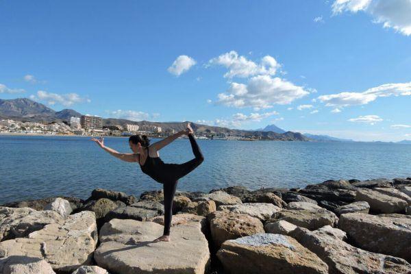 (Foto: Divulgação) Ioga: As posturas físicas aumentam flexibilidade, tônus muscular, força e a consciência corporal