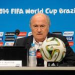 Caiu: Blatter estava cercado por todos os lados após prisões de principais aliados (Foto:Divulgação)