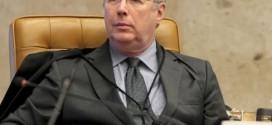 Ministro Celso de Mello diz que bolsonaristas querem ditadura e cita Hitler