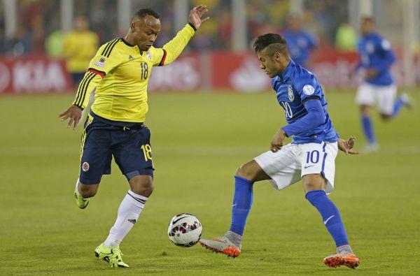 Descontrole: Neymar não foi bem em campo e ainda perdeu a cabeça ao final da partida (Foto: Rafael Ribeiro/CBF)