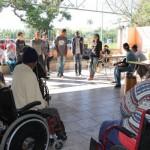 Manhã especial: Estudantes levaram um pouco de música e alegria aos idosos do Recanto dos Velhinhos, em Pinheiral (Foto: Divulgação PMP)