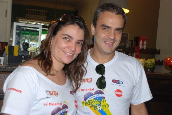 Angélica Almeida Laviola e o médico Ricardo Laviola no Feijão da Copa, promovido pela coluna