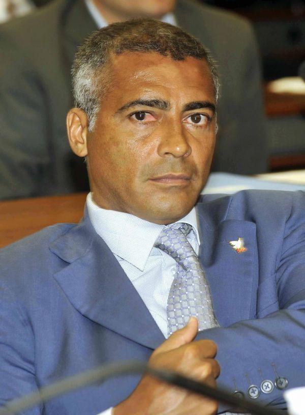 Contra o privilégio: Romário quer que autoridade que usar cargo para obter vantagem indevida seja presa