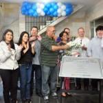 Pela comunidade: Neto agradeceu a parceria com o governo do estado e lembrou a ex-moradora que dá nome ao CAM(Foto: Divulgação PMVR)