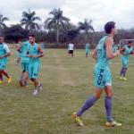 Prepara: Voltaço treinou antes de partir para o Rio Grande do Sul (Foto: Manoel Alves)