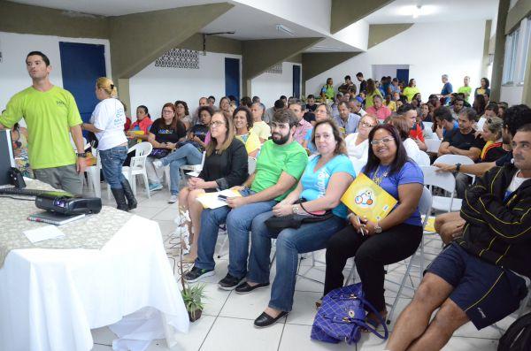 Produção: Participantes e organizadores se reúnem para definir metas (Foto: Divulgação)