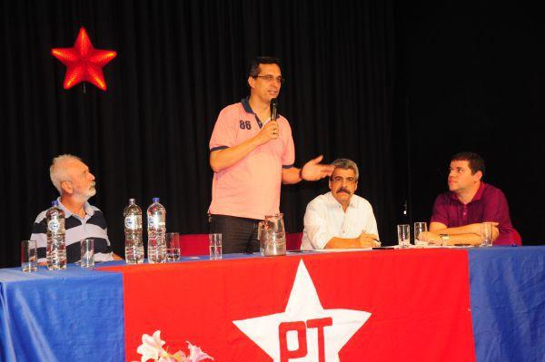 Arimathéa: 'Todo mundo que é do PT e tem um mandato é atacado'