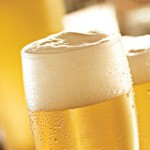 Combinação: Futebol e cerveja poderão andar juntos nos estádios novamente