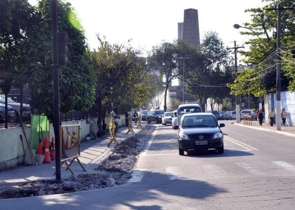 Em construção: Corredor irá da Vila Santa Cecília até a Rua Gustavo Lira, no Centro(Foto: Divulgação PMVR)