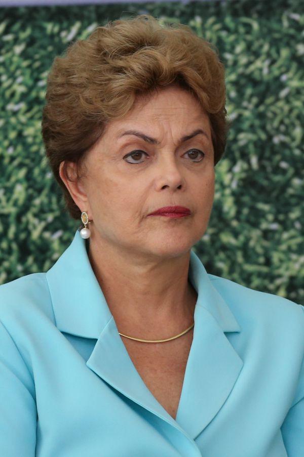 Adendo: Dilma vai complementar projeto de orçamento enviado ao Congresso Nacional com déficit