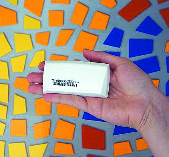 Modelo de caixinha (tag), contendo um chip, que será obrigatória em todos os veículos a partir de 1º de janeiro de 2016: a conta é sua