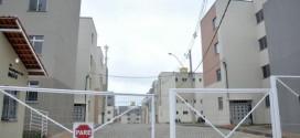 Casal é morto a tiros dentro de apartamento no Santa Cruz