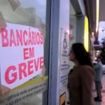 Retomada: Bancários devem voltar a trabalhar nesta terça em toda a região (Foto: Paulo Dimas)