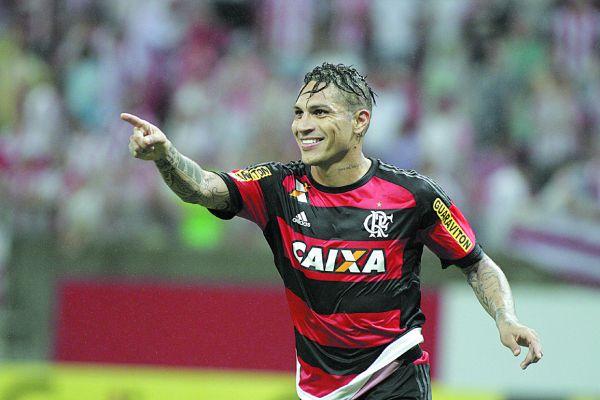 Firme: Guerrero não quer abri vaga no ataque do Flamengo após forte concorrência