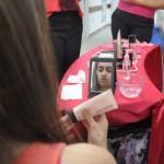Para elas: Além dos exames preventivos e mamografias, mulheres tiveram um dia dedicado aos cuidados com a beleza (Foto: Franciele Bueno)