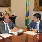 Expectativa: Pezão conversa com Helder barbalho sobre investimentos em portos no Estado do Rio (Foto: Marcelo Horn - Governo do Estado do Rio)