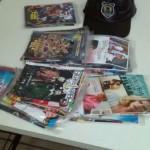 CDs e DVDs estavam sendo vendidos na feira livre, na Vila Santa Cecília, em Volta Redonda (foto: Cedida pela Guarda)