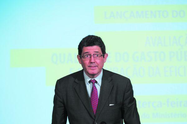 Receita: Levy volta a pedir para que ajustes sejam implantados com rapidez para recuperação econômica