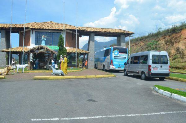 Organização: Veículos devem parar no Portal de Penedo, para cadastramento e recebimento das orientações das novas regras de deslocamento(Foto: Divulgação PMI)