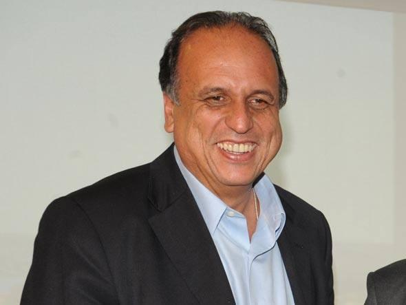 Solução: Pezão decretou emergência na saúde pública fluminense