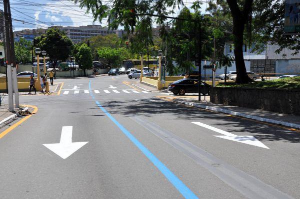 Trânsito: Ruas como a 41-C e 160, na subida do bairro Laranjal, ganharam um novo sentido e sinalização (Foto: Divulgação PMVR)