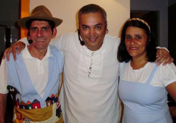 Musical: Contadores de história Jujuba e Ana Teixeira voltam ao palco do teatro em Angra dos Reis com a participação de Glauter Barros (Foto: Divulgação)