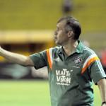 Bambeando: Eduardo Baptista não conseguiu ainda dar bom padrão de jogo para o time tricolor