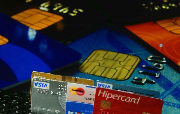 Atenção: Rotativo é o crédito tomado pelo consumidor quando paga menos que o valor integral da fatura