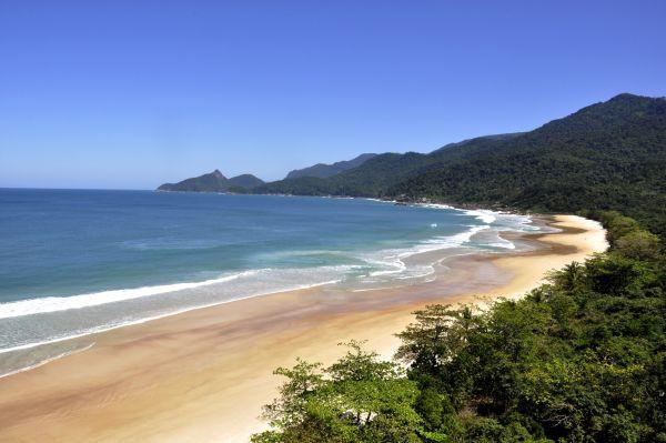 Lopes Mendes: Praia de Angra também ficou entre as dez praias mais deslumbrantes do mundo, em votação feita pelo jornal espanhol El Pais (Foto: Divulgação)