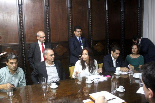 Articulação: Ana Paula Rechuan mobiliza Alerj para reavaliar lei estadual que ameaça fechar empresas (Foto: Divulgação)