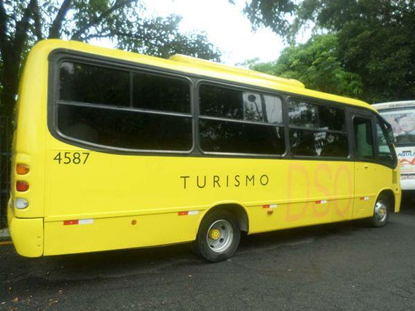Operação: Ônibus foram fiscalizados e um deles foi levado ao Depósito Público Municipal por estar com lacre rompido (Foto: ACS)