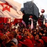 Lotou: Milhares de pessoas foram às ruas em todo o país (Foto: Divulgação)