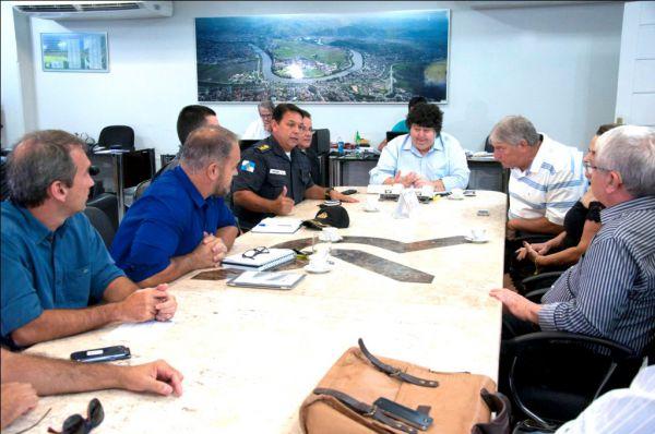 Comandante do 28º Batalhão de Polícia Militar, coronel César Augusto de Souza Rosa, disse que crise econômica contribuiu para que roubos aumentassem (Foto: Divulgação PMVR)