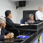Presença: O bispo Dom Francisco Biasin durante sessão na Câmara de Barra Mansa (Foto: CMBM)