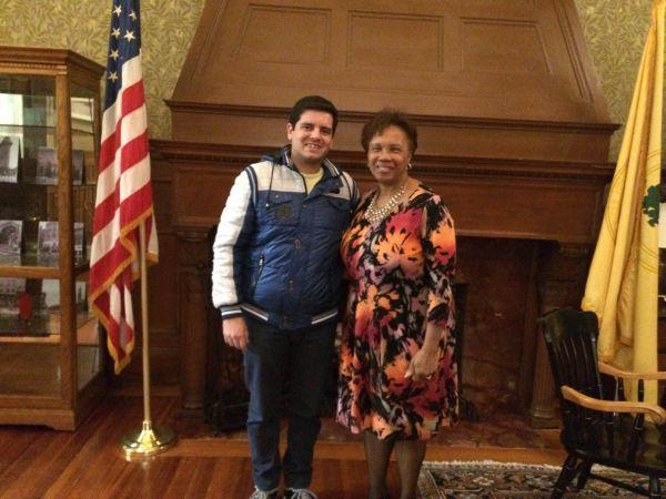 Nos EUA: Felipe Rivello conversou com a prefeita de Cambridge, Denise Simmons