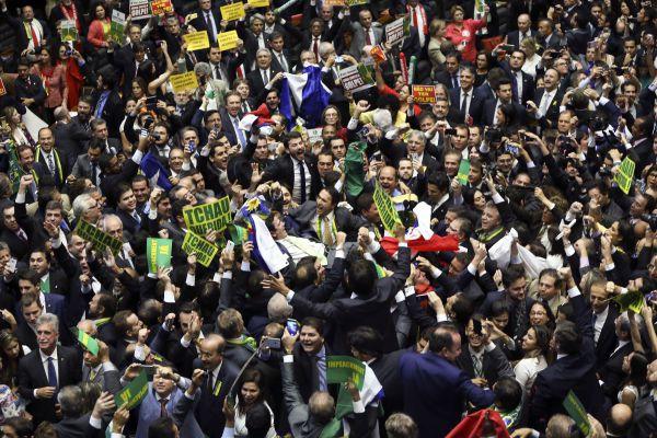 Massacre: Nem a oposição esperava uma vitória tão grande (Foto: ABr)