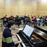 Integrantes do projeto: Participarão os músicos que fazem parte da Orquestra de Cordas e da Banda de Concerto de Volta Redonda (Foto: Divulgação)
