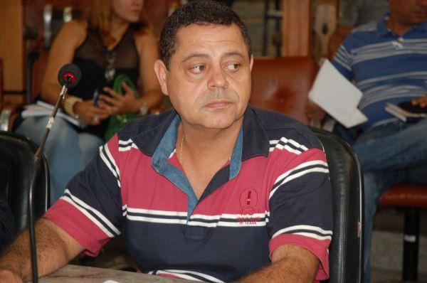 Iniciativa: Simar propõe homenagem a comerciantes