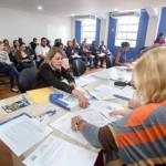profissionais de apoio e técnicos aprovados no concurso público de 2014. Eles foram convocados para se apresentaram no auditório da prefeitura (Cris Oliveira - PMBM)