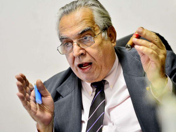 Barateado: Eurico Miranda espera colocar em prática projeto de ingresso social